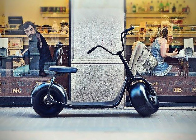 Scrooser-Electric-Scooter-1