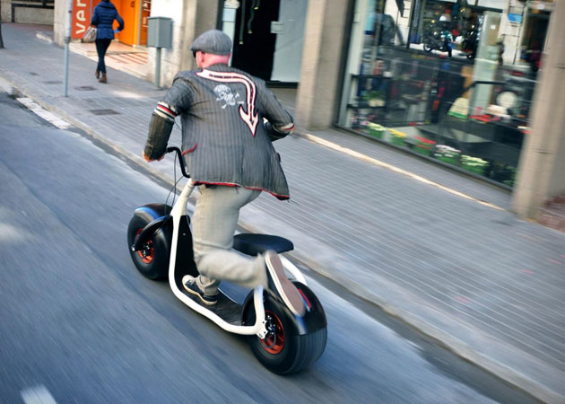 Scrooser-Electric-Scooter-3