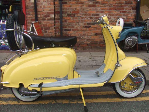 Yellow S1 Framebreather Lambretta