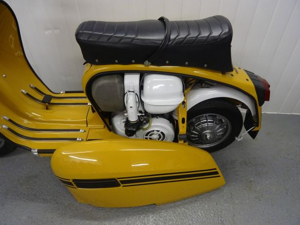 YellowGP200-eB-5