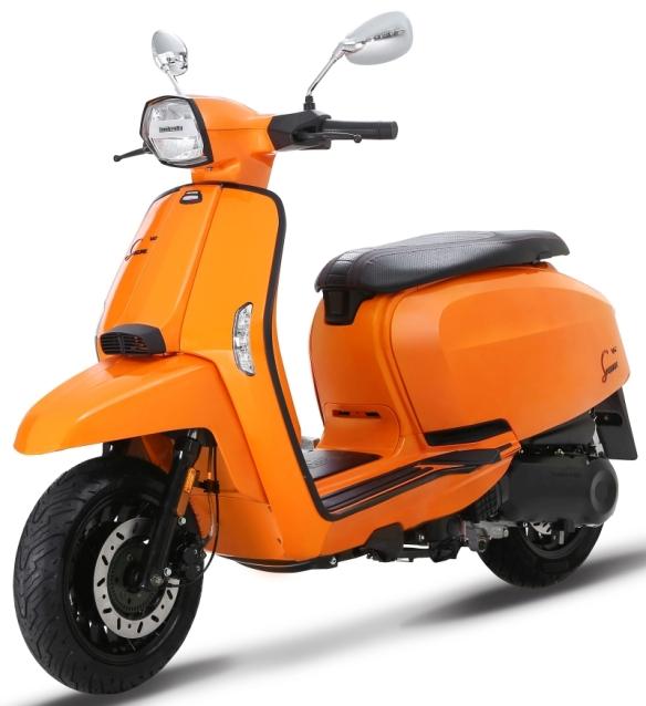Lambretta-V-Special-Scooter-2-1