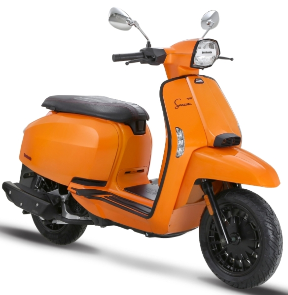 Lambretta-V-Special-Scooter-4-1
