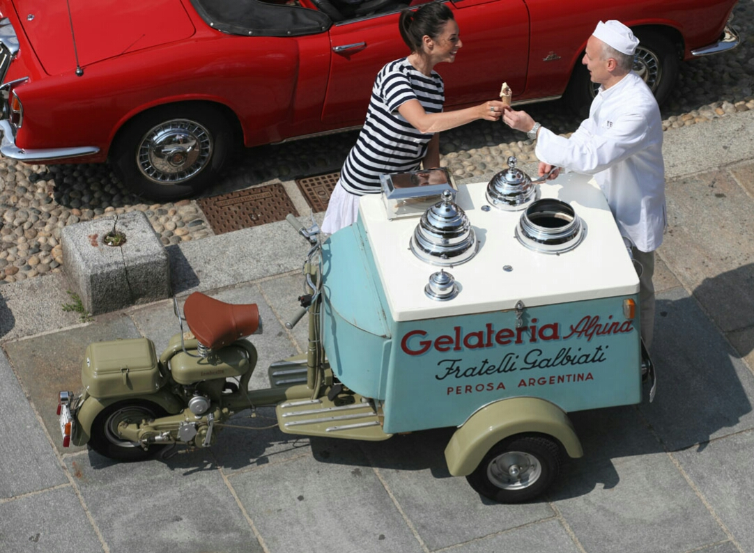 Top down view of Bruno's Lambretta FC Ice Cream Lambretta serving a customer